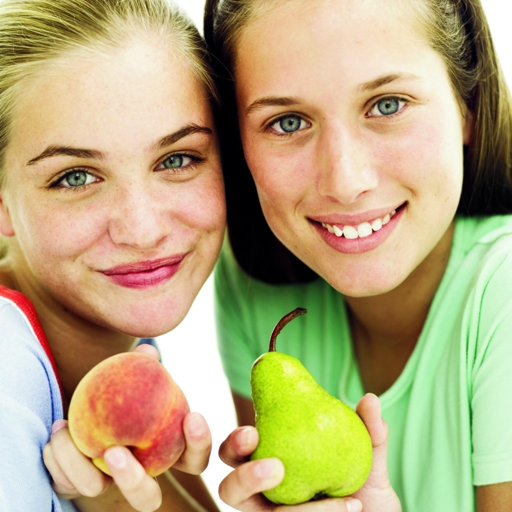 girls with fruit