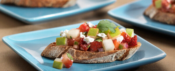 Crostini with Feta and Pear Strawberry Salsa