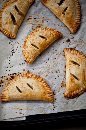Spiced Pear Hand Pies