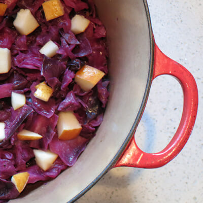 tangy-braised-cabbage-with-pears