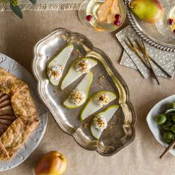Pear Slices with Goat Cheese Recipe