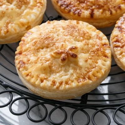 marzipan-pear-hand-pies-400x400