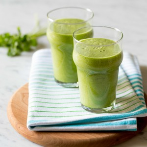 Pear and Pineapple Green Smoothie smSQ