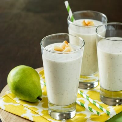 Creamy Pear and Coconut Smoothie