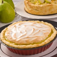 green-anjou-meringue-pie