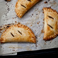 spiced-pear-hand-pies