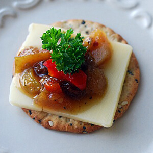 pear apple chutney
