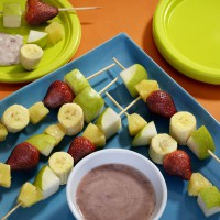 pear-ka-bobs-with-strawberry-dipping-sauce
