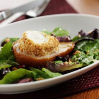 warm-peanut-crusted-goat-cheese-with-roasted-pears