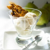 dairy-free-caramelized-pear-ice-cream-with-almond-brittle