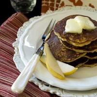 almond-pear-cardamom-pancakes