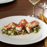 alaskan-king-crab-with-pear-tabbouleh-salad