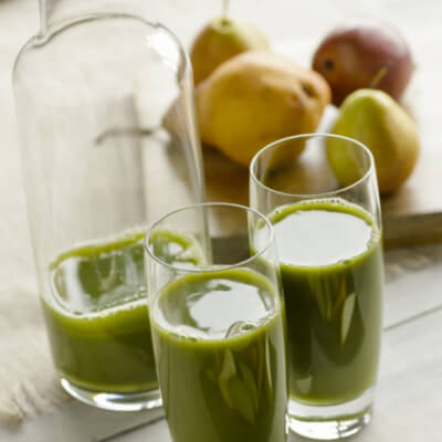 pear-kiwi-lime-smoothie