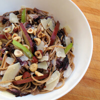 whole-wheat-spaghetti-with-pears-radicchio-and-brown-butter