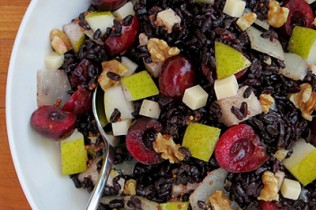 black-rice-salad-with-cherries-400