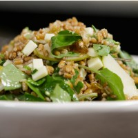 marinated-pear-and-toasted-farro-salad