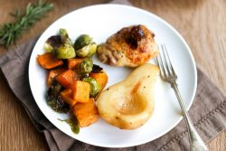one-pan-roasted-chicken-pears