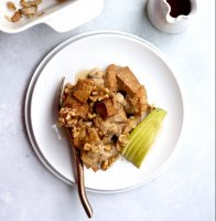 cardamom-cinnamon-pear-baked-french-toast-with-walnuts