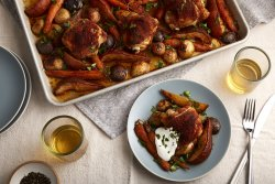 smoky-paprika-sheet-pan-chicken-with-pears-potatoes-and-carrots